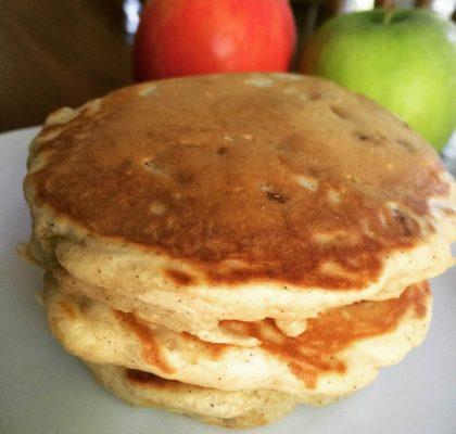 Green Lantern and Star Sapphire inspired cinnamon apple pancakes.